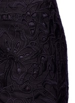 'Micro E' floral lace embroidery linen-cotton shorts