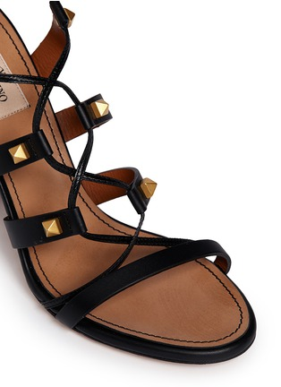 Detail View - Click To Enlarge - Valentino - 'Rockstud' leather strappy sandals