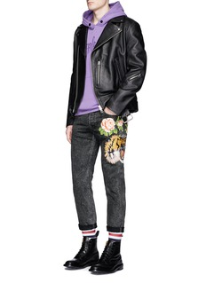 Gucci 'Punk' floral tiger appliqué slim fit jeans