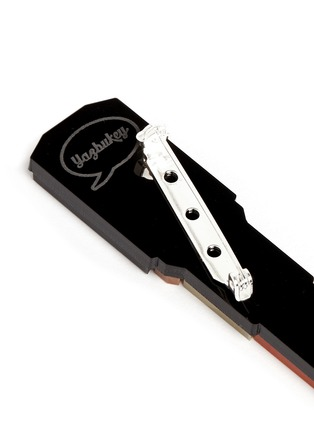 Detail View - Click To Enlarge - YAZBUKEY - 'Lipstick' Plexiglas brooch