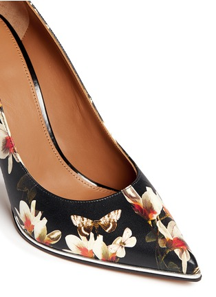 Detail View - Click To Enlarge - Givenchy - Magnolia moth print leather pumps