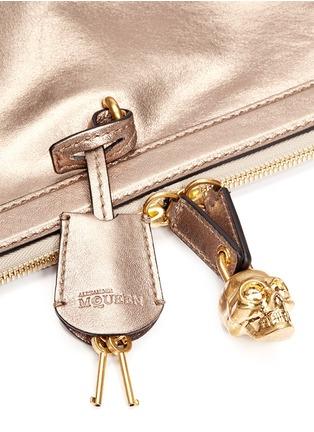 Detail View - Click To Enlarge - Alexander McQueen - 'Padlock' metallic leather clutch