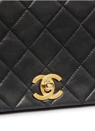 Detail View - Click To Enlarge - Vintage Chanel - Quilted leather full flap bag