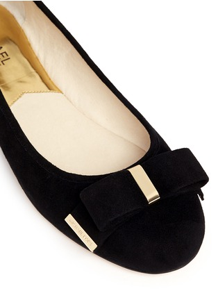 Detail View - Click To Enlarge - Michael Kors - Kiera bow suede ballerinas