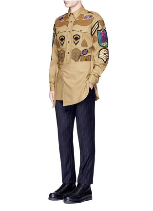 Figure View - Click To Enlarge - Dries Van Noten - 'Cameron' military badge shirt