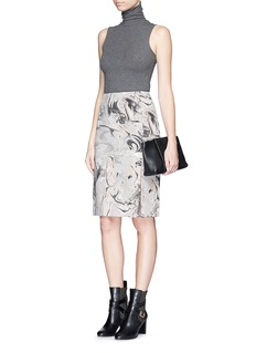 THEORY'Phereniki' geode print crepe pencil skirt