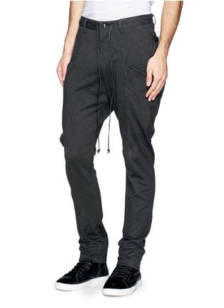 正面 - 点击放大 - ATTACHMENT - 侧口袋低裆长裤