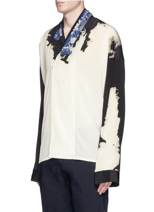 Front View - Click To Enlarge - Haider Ackermann - 'Digoxine' print shawl lapel silk shirt
