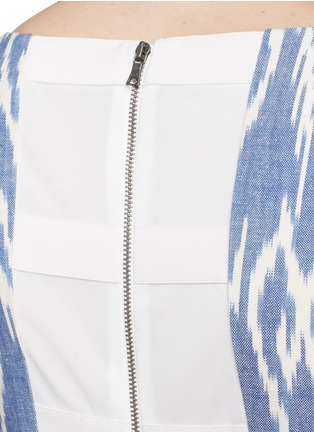 Detail View - Click To Enlarge - alice + olivia - 'Epstein' ikat print denim pouf dress