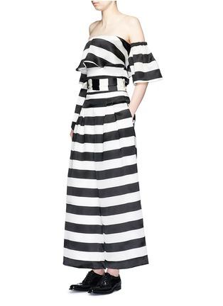 模特儿示范图 - 点击放大 - PAPER LONDON - 拼色条纹宽松九分裤