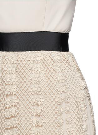 Detail View - Click To Enlarge - self-portrait - Floral diamond lace skirt crepe maxi dress