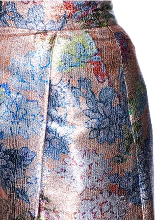 Detail View - Click To Enlarge - DELPOZO - Floral pleat metallic shorts