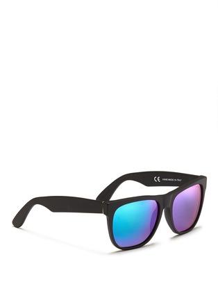 模特儿示范图 - 点击放大 - SUPER - CLASSIC哑面镜框太阳眼镜