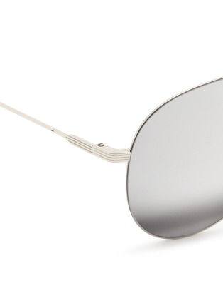 Detail View - Click To Enlarge - Victoria Beckham - 'Classic Victoria Feather' mirror aviator sunglasses