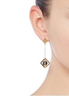 W.Britt 'Square Cage' sphere drop 18k gold earrings