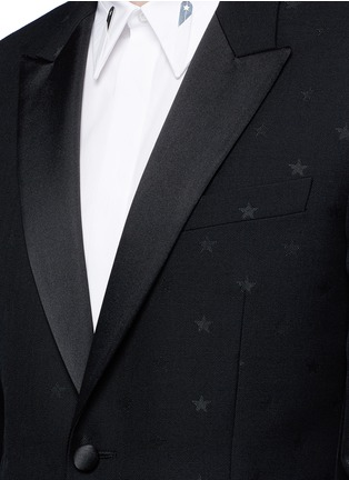 Detail View - Click To Enlarge - Givenchy - Satin lapel star jacquard tuxedo suit