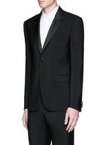 Satin lapel wool-Mohair tuxedo suit