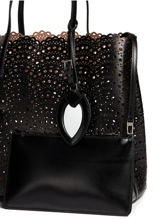 Detail View - Click To Enlarge - Alaïa - 'Vienne Vague' large lasercut leather tote