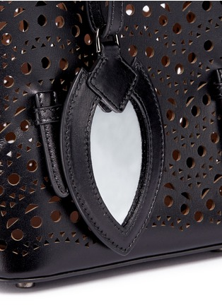 Detail View - Click To Enlarge - Alaïa - 'Vienne Vague' small leather tote