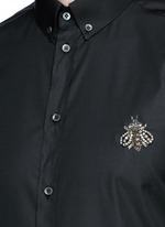 'Gold' slim fit bee embroidery cotton shirt