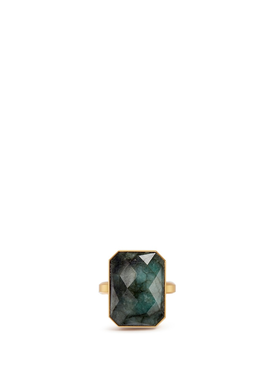 Into the Woods emerald activity tracking ring by Ringly