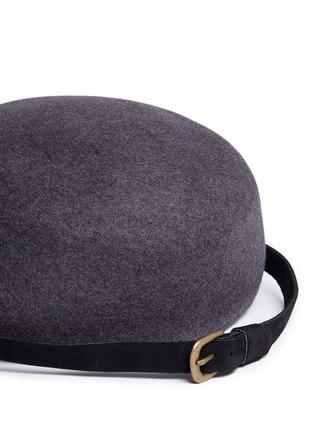 Detail View - Click To Enlarge - Sensi Studio - Stud leather band wool felt jockey cap