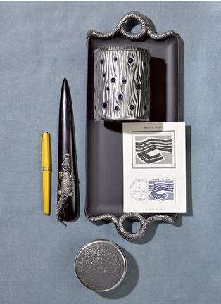 - L'OBJET - 鳄鱼纹圆形连盖瓷盒