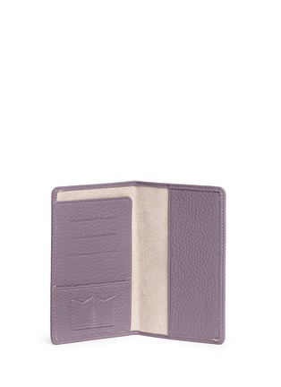 - Bynd Artisan - Pebble grain leather passport holder