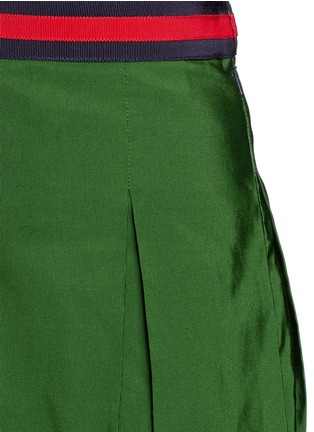 Detail View - Click To Enlarge - Gucci - Web ribbon trim inverted pleat faille skirt