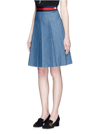 Front View - Click To Enlarge - Gucci - Stripe web waistband inverted pleat denim skirt