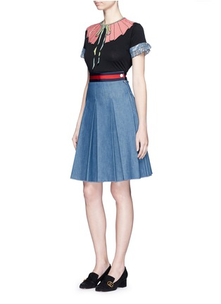 Figure View - Click To Enlarge - Gucci - Stripe web waistband inverted pleat denim skirt