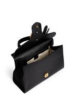 'GG Marmont' medium grainy leather shoulder bag