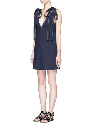 模特儿示范图 - 点击放大 - CHLOÉ - 系带装饰V领连衣裙