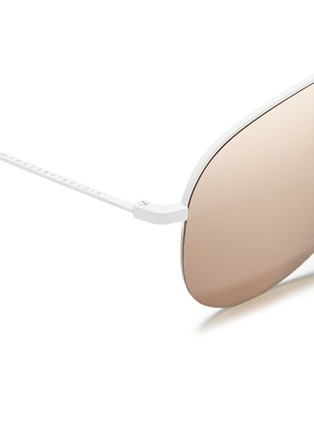 Detail View - Click To Enlarge - Victoria Beckham - 'Classic Victoria' 18k gold plated mirror aviator sunglasses