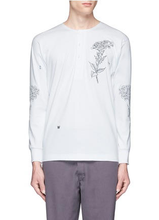 Main View - Click To Enlarge - Saam1 - Rooster and cockscomb embroidered Henley shirt
