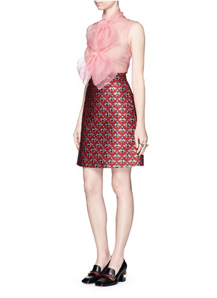 Figure View - Click To Enlarge - Gucci - Pussybow silk organza sleeveless blouse