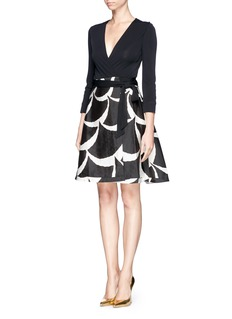 DIANE VON FURSTENBERG'Amelia' graphic mikado skirt wrap dress