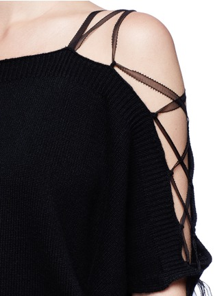 Detail View - Click To Enlarge - Valentino - Lace-up cold shoulder cashmere sweater