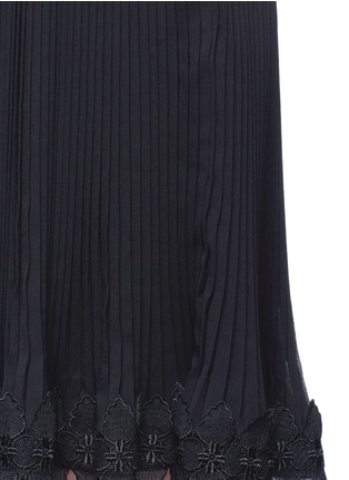 Detail View - Click To Enlarge - Nicholas - Botanical lace one shoulder pleated mini dress