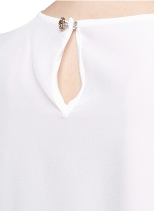 Detail View - Click To Enlarge - Dolce & Gabbana - Daisy crystal button silk top
