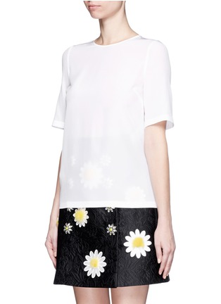 Front View - Click To Enlarge - Dolce & Gabbana - Daisy crystal button silk top