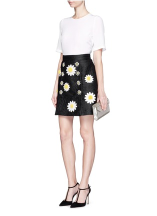 Figure View - Click To Enlarge - Dolce & Gabbana - Daisy crystal button silk top