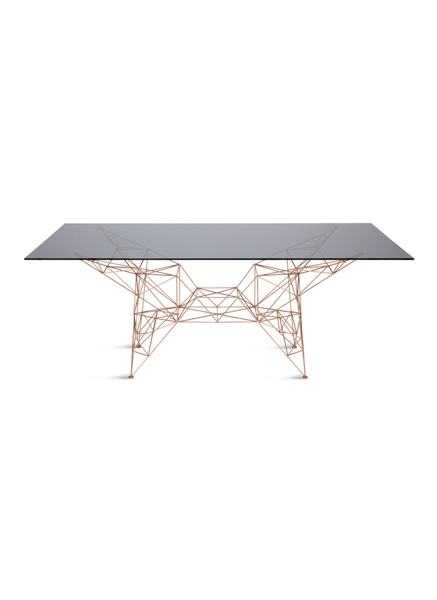 tom dixon female pylon dining table