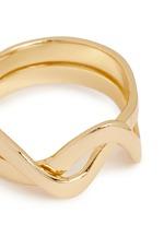 'Sueno' wavy double band ring