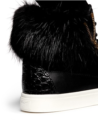 Detail View - Click To Enlarge - Giuseppe Zanotti Design - 'London' croc-embossed fur trim sneakers