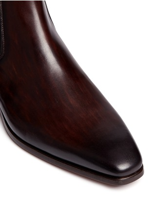 Detail View - Click To Enlarge - Magnanni - Brushstroke finish leather Chelsea boots