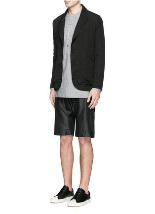 模特儿示范图 - 点击放大 - ATTACHMENT - 条纹混棉西服外套