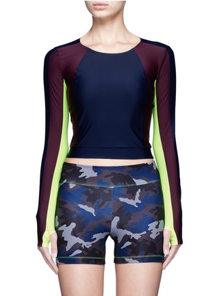 Main View - Click To Enlarge - Laain - Arrow colourblock thumbhole sleeve cropped top