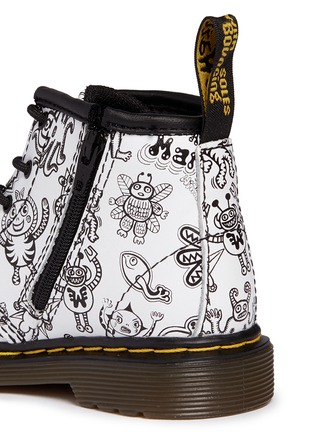 Detail View - Click To Enlarge - Dr. Martens - 'Brooklee B' character print leather infant boots