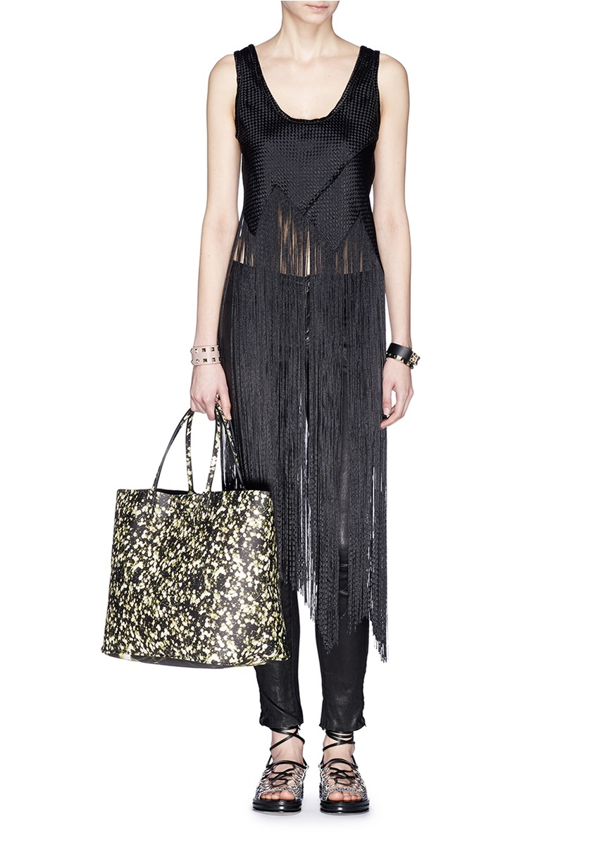 Givenchy floral antigona tote shop givenchy online for Givenchy outlet online